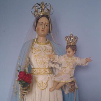 Statua_Madonna_Rosario