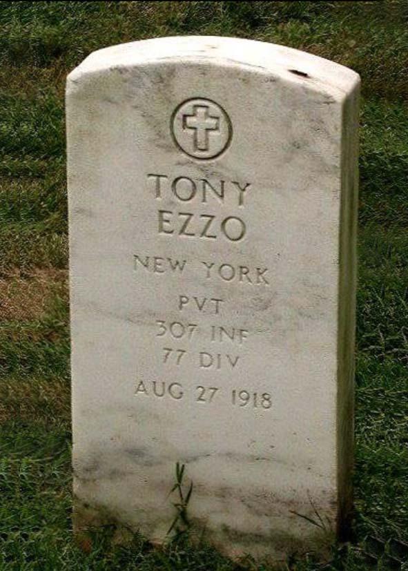 Tomba_Tony_Izzo